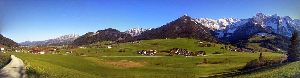Hotel garni tirol rooms b b apartment and holiday for Cross country motor club phone number